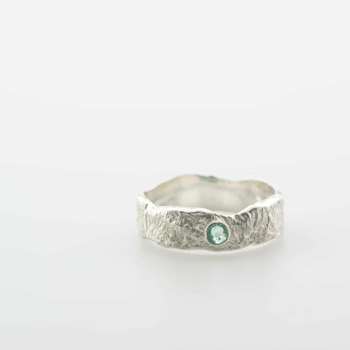 zilveren-organische-ring-met-steen-10