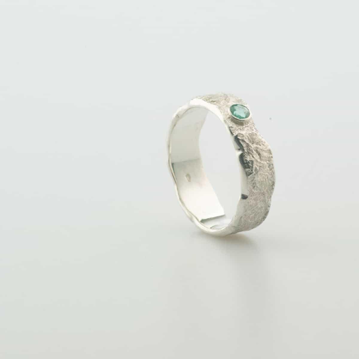 zilveren-organische-ring-met-steen-12